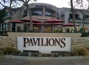 Boat Canyon Shopping Center, Pavillions, Nails For You, the UPS Center, BLK Coffee, Panoramic doors, Sherwin Williams Paint Laguna Beach